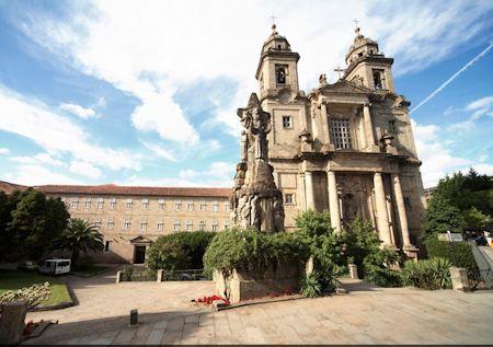 Un hotel monumento en Galicia 1a 06-05-15
